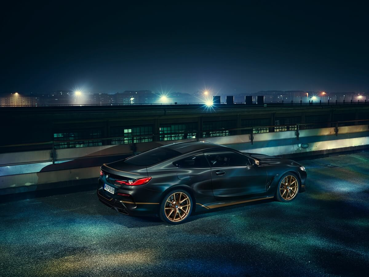 P90391354_highRes_the-new-bmw-8-series.jpg