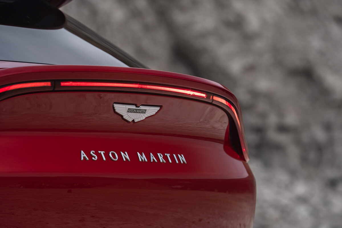 aston-martin-dbx16-jpg.jpg