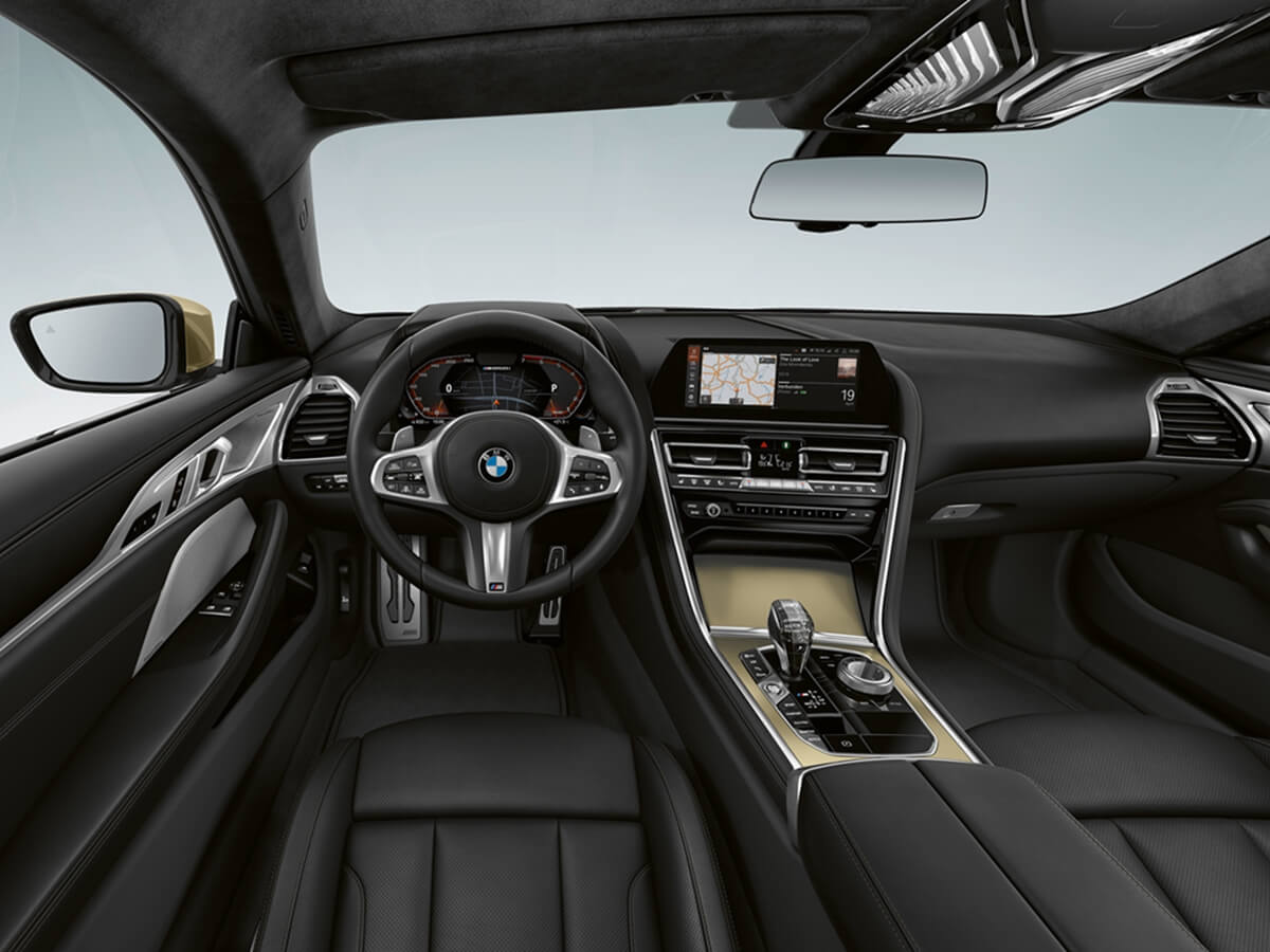 P90391541_highRes_the-new-bmw-8-series.jpg