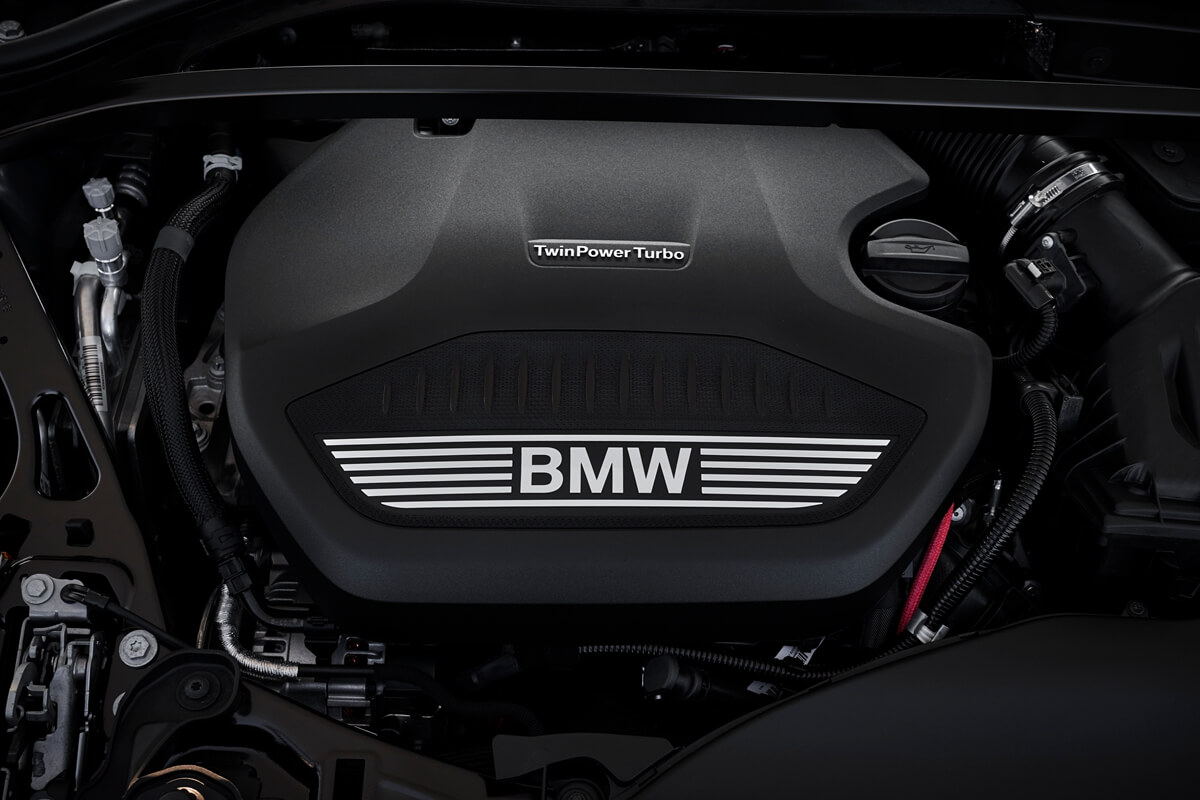 P90370557_highRes_the-all-new-bmw-2-se.jpg