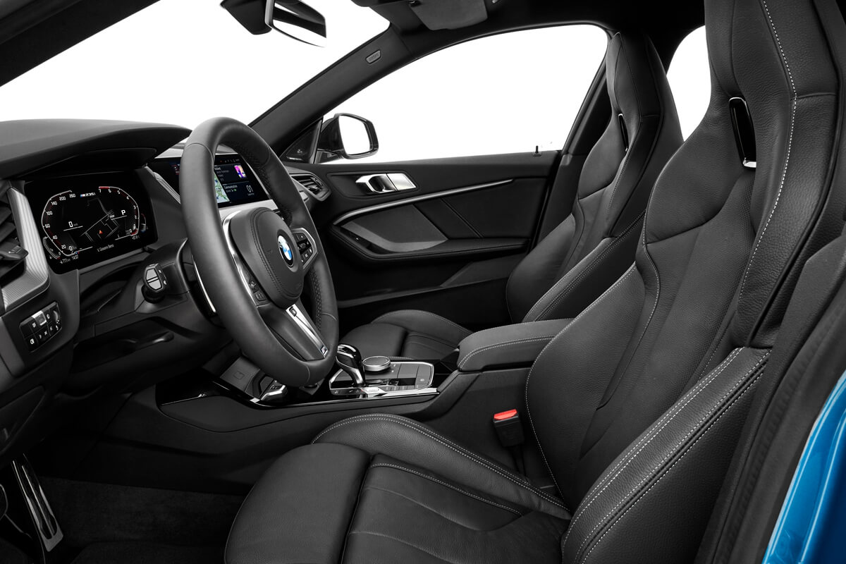 P90370520_highRes_the-all-new-bmw-2-se.jpg