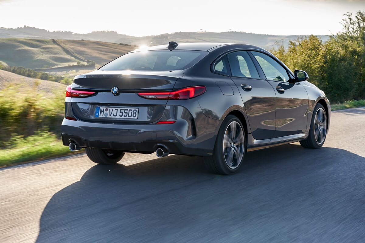 P90370550_highRes_the-all-new-bmw-2-se.jpg