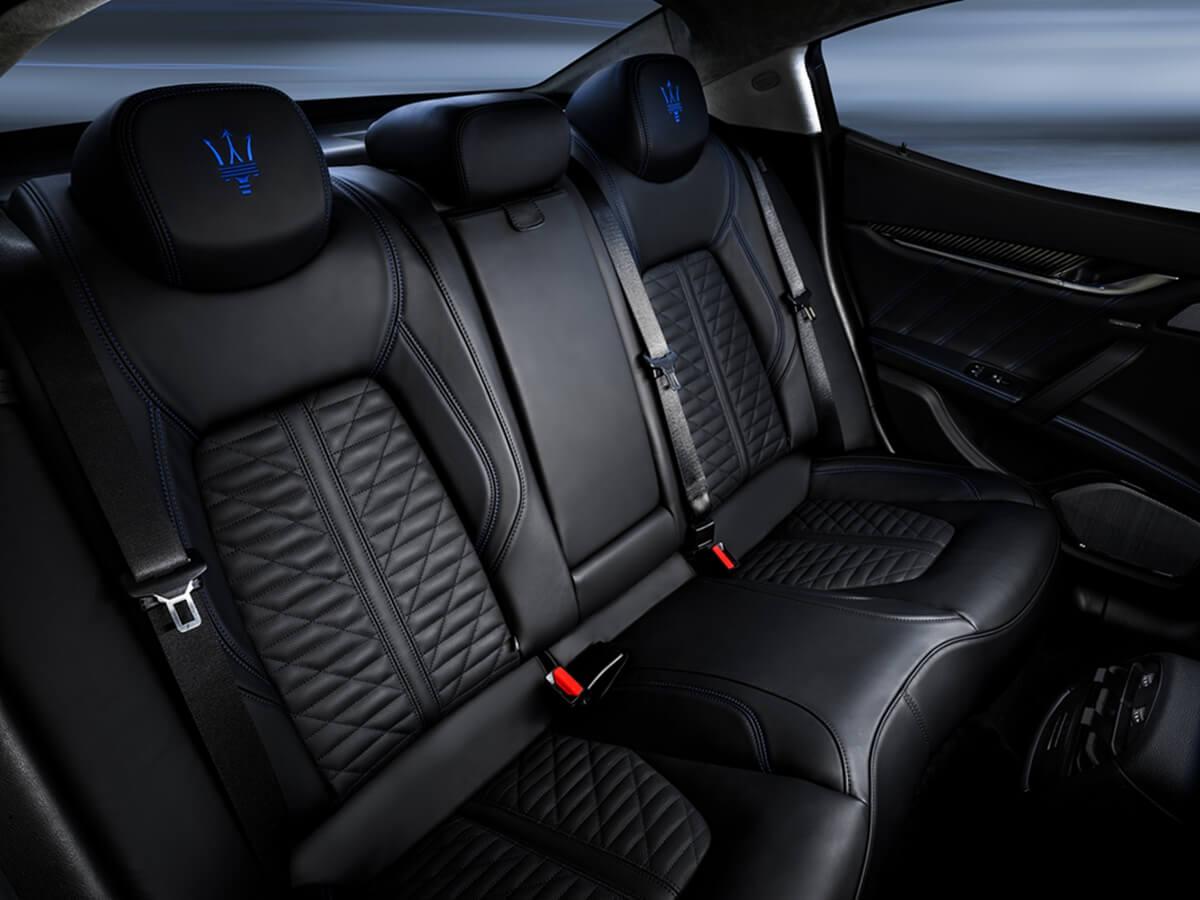 11_Maserati_Ghibli_Hybrid.jpg