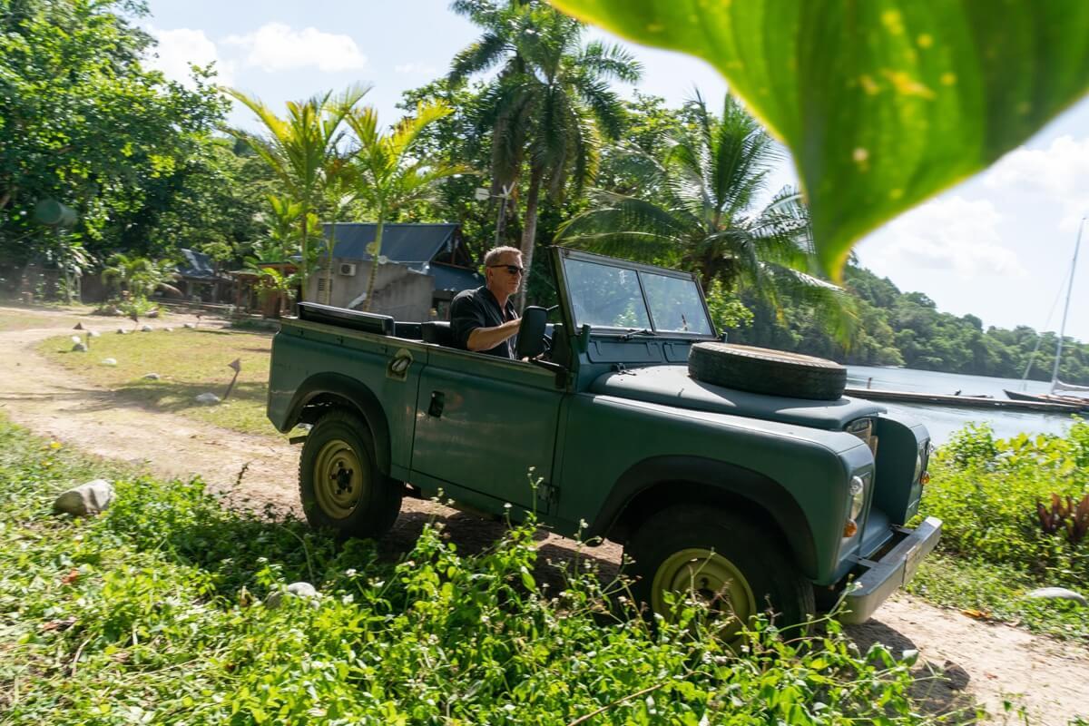 Land-Rover-SeriesIII.jpg