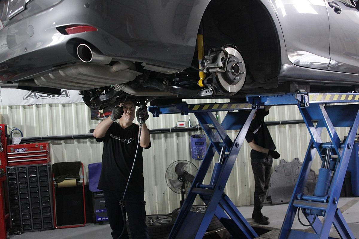 Mazda 6 Wagon BILSTEIN-29.JPG