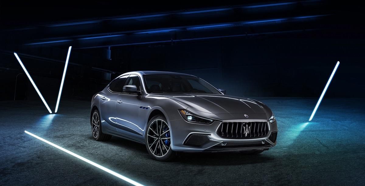 12_Maserati_Ghibli_Hybrid.jpg