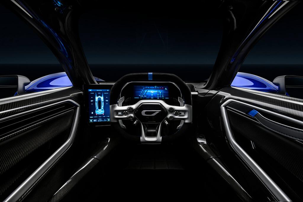 0.8-Czinger-21C-Lightweight-track-configuration-in-Geneva-International-Motor-Show-configuration-interior-driver-view.jpg