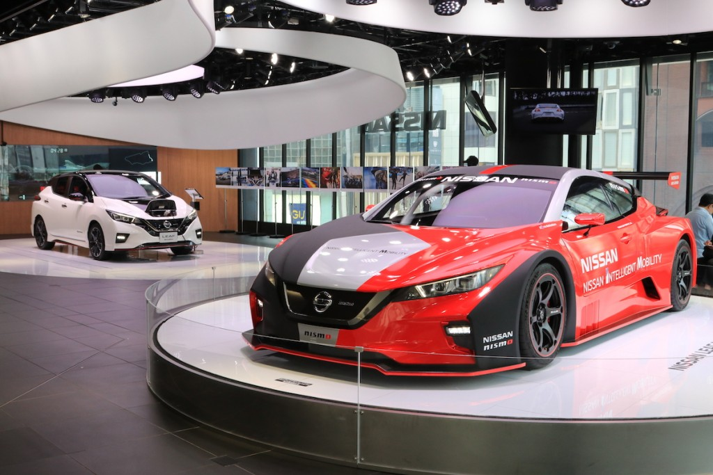 2019-nissan-crossing-in