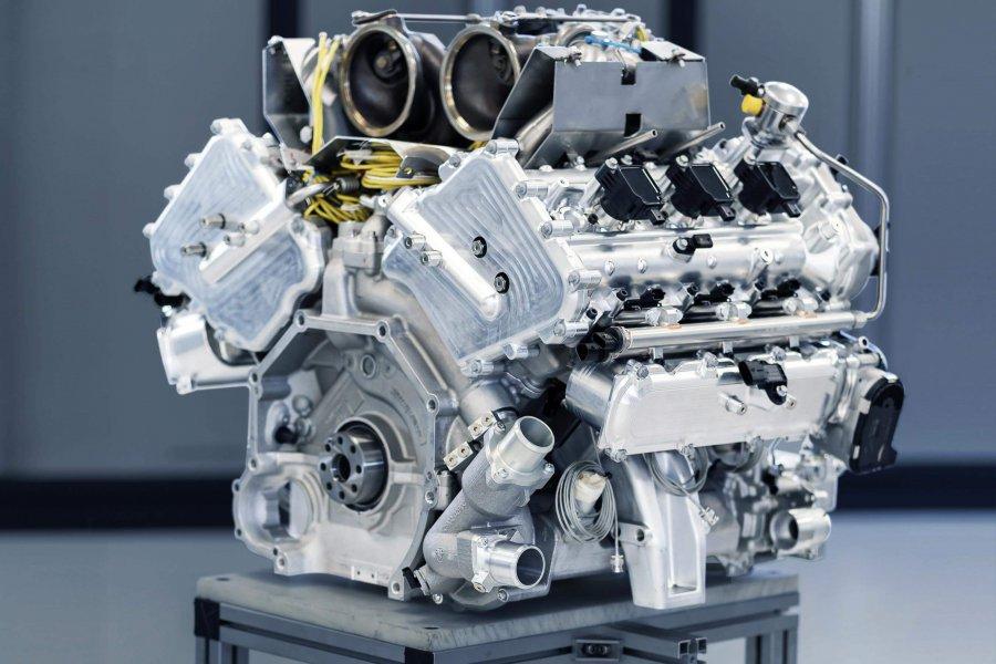 New-Aston-Martin-V6-Engine-2-e1585016030206.jpg