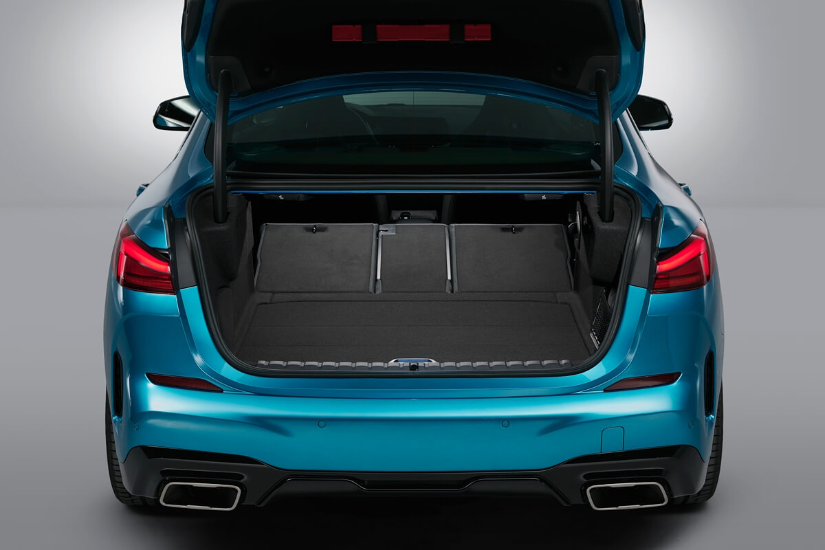 P90370615_highRes_the-all-new-bmw-2-se.jpg