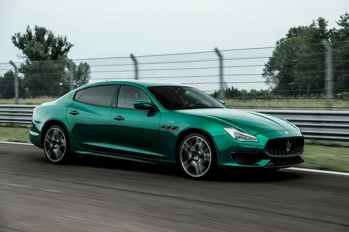 29_Maserati_Quattroporte_Trofeo.jpg