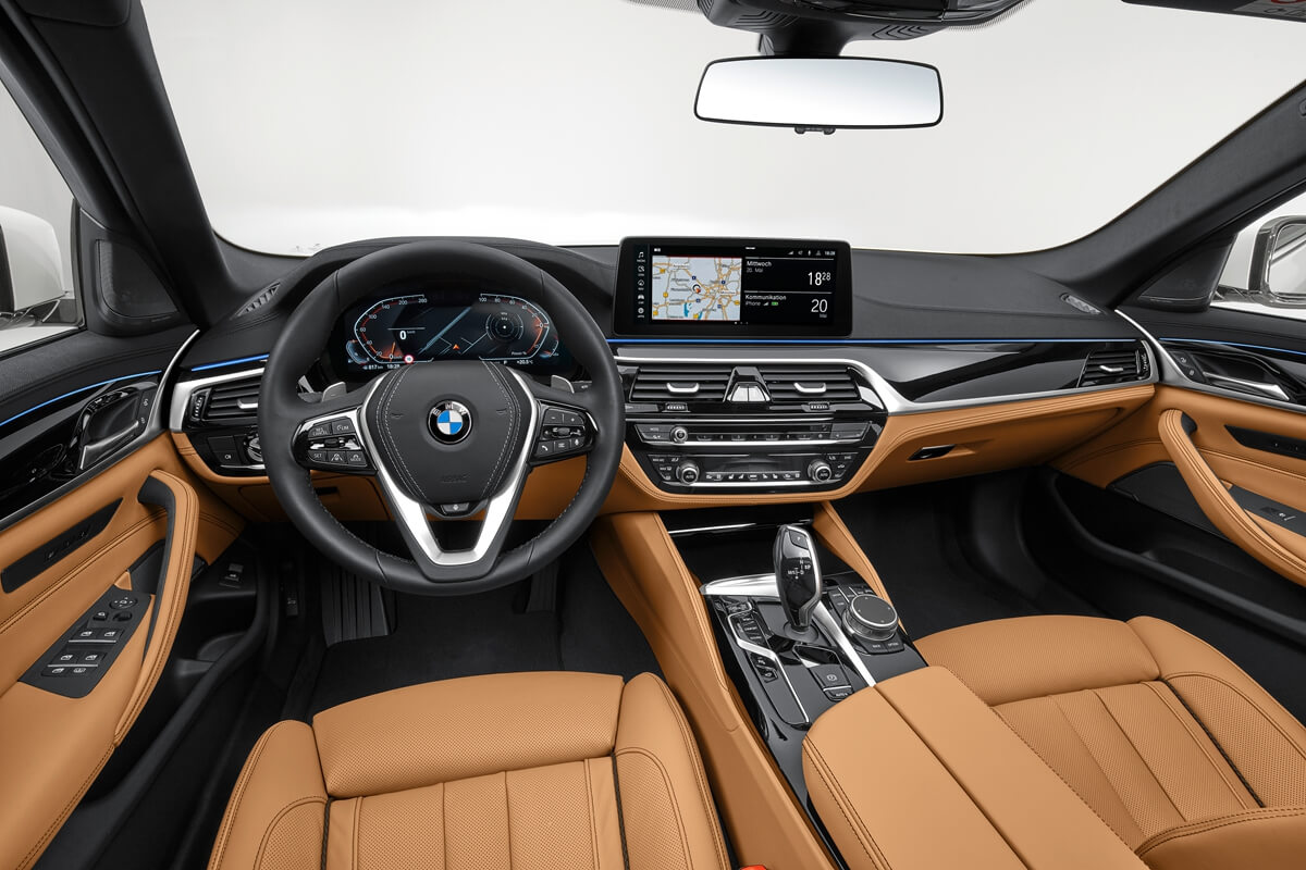 P90389076_highRes_the-new-bmw-540i-sed.jpg
