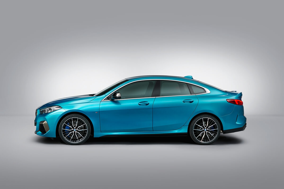 P90370619_highRes_the-all-new-bmw-2-se.jpg