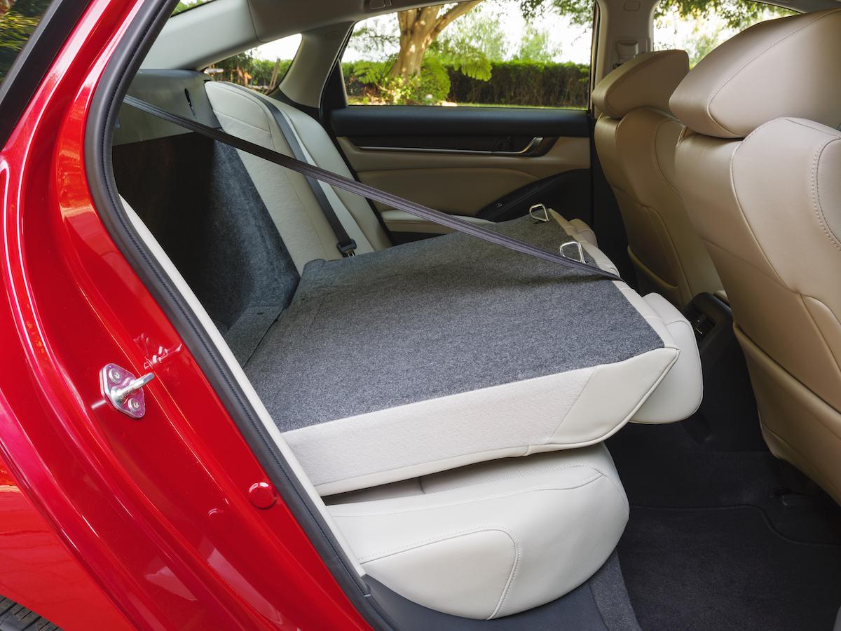 022 2021 Honda Accord Hybrid.jpg