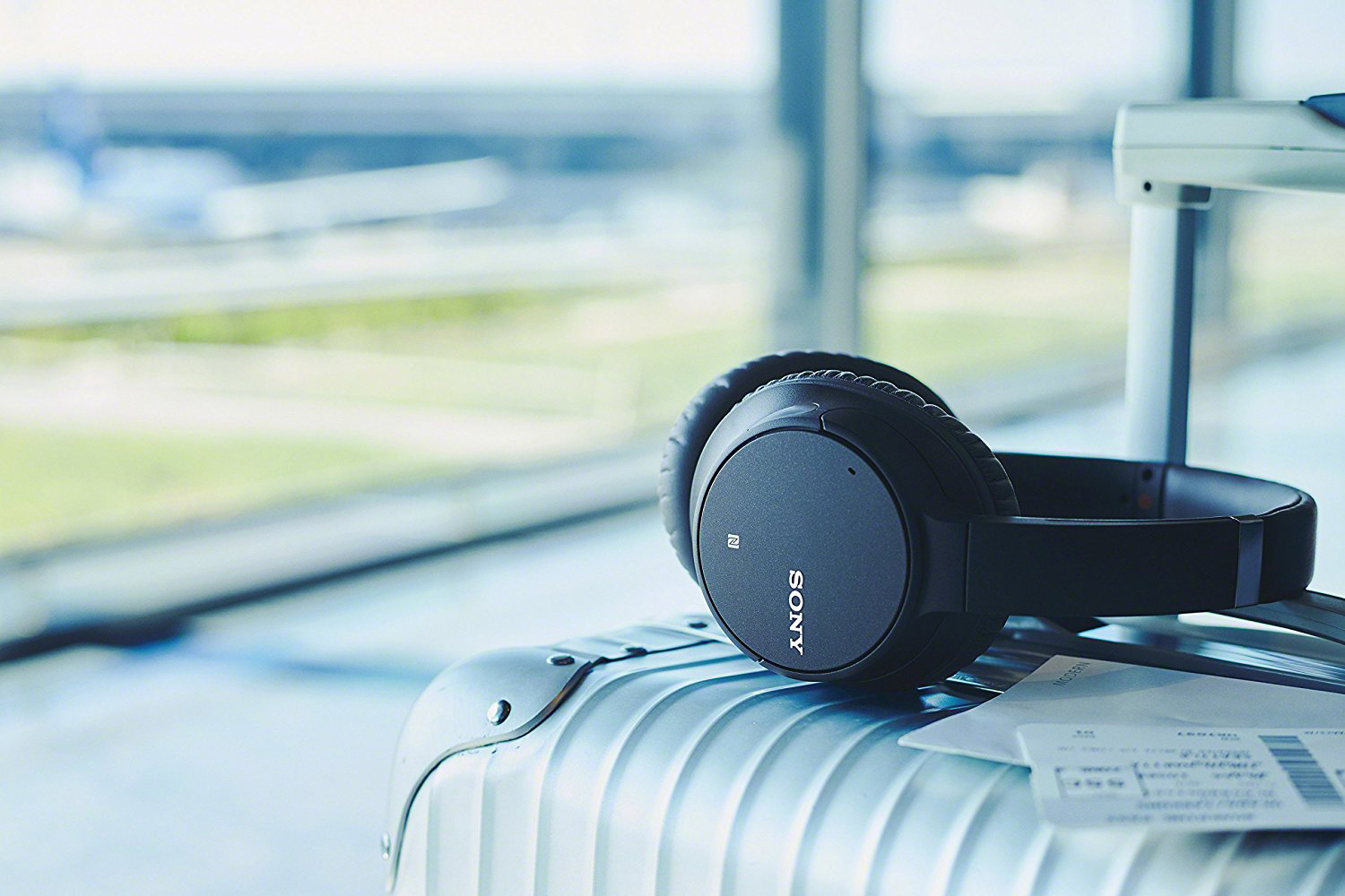Holy cow: Sony wireless noise cancelling headphones are just $100 for Prime Day 2019