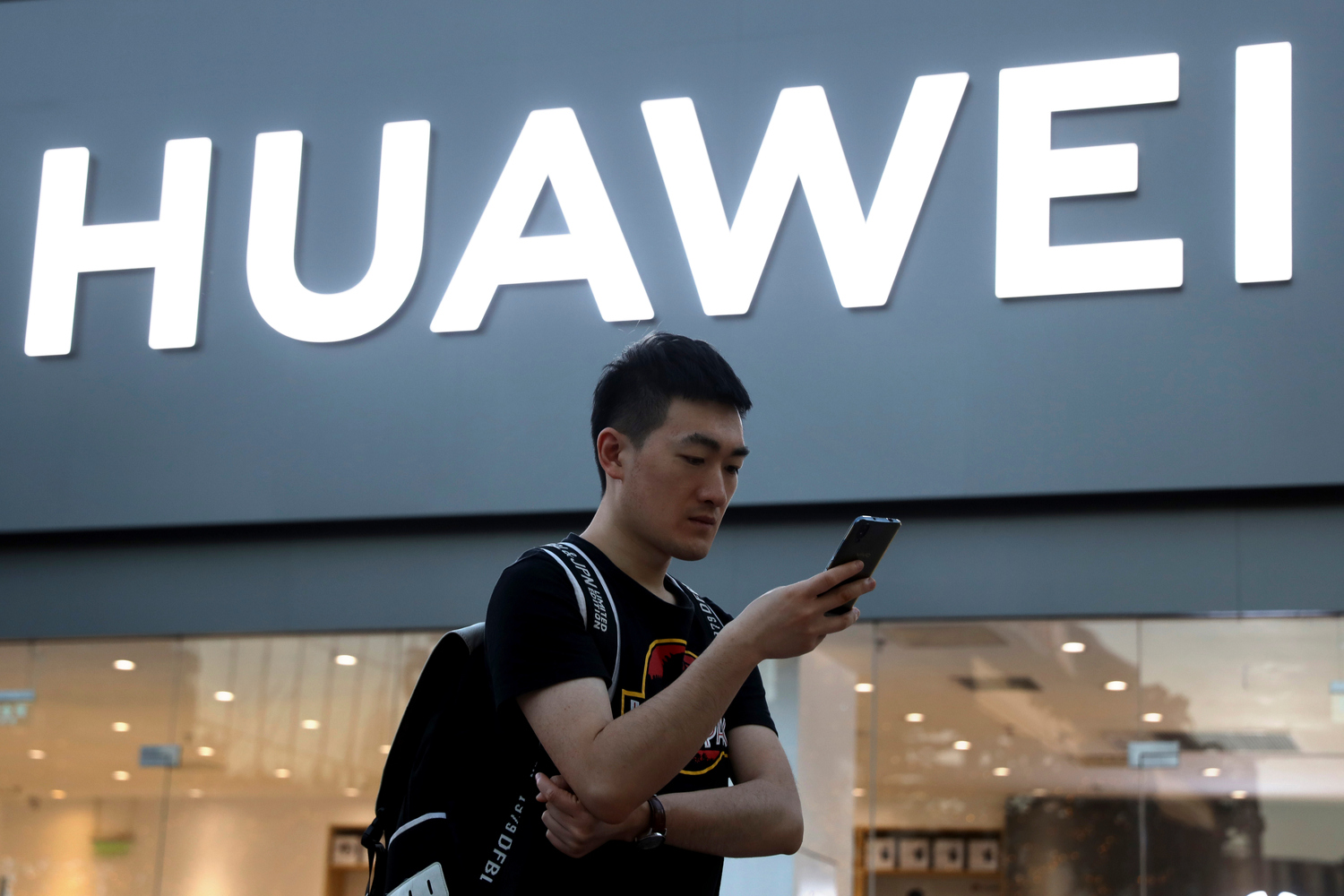 Huawei just got the ban reprieve it needs to release the Mate 30 Pro and Mate X