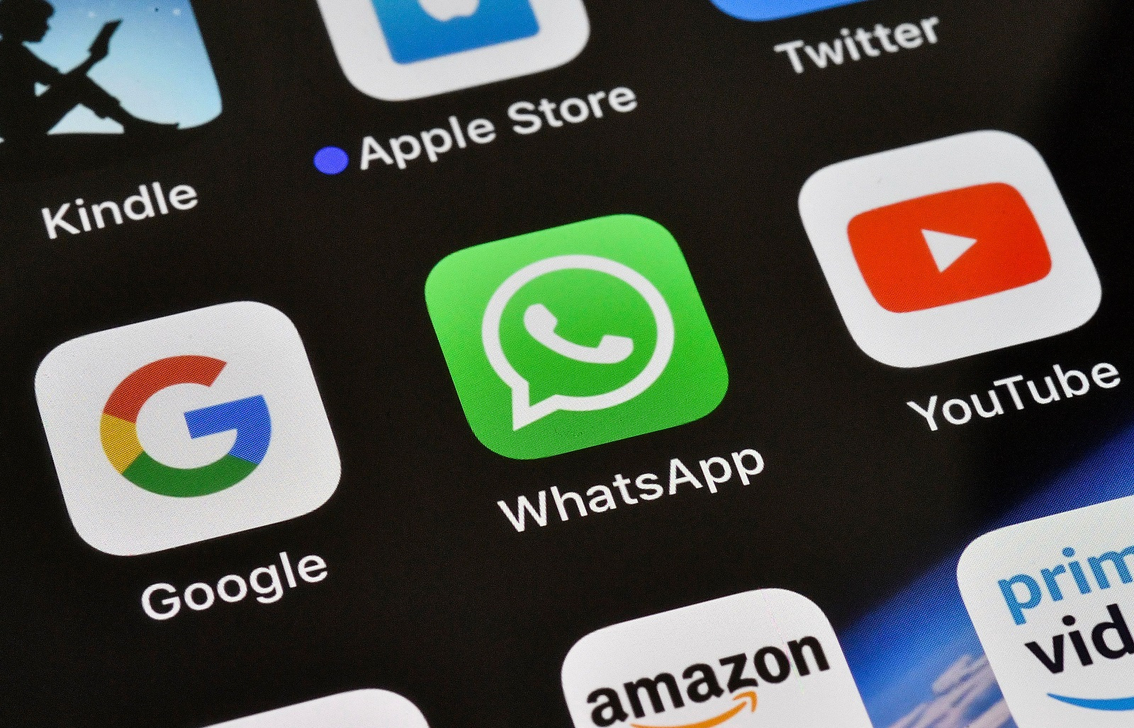 WhatsApp is about to get a huge upgrade that'll let you use the same account across platforms