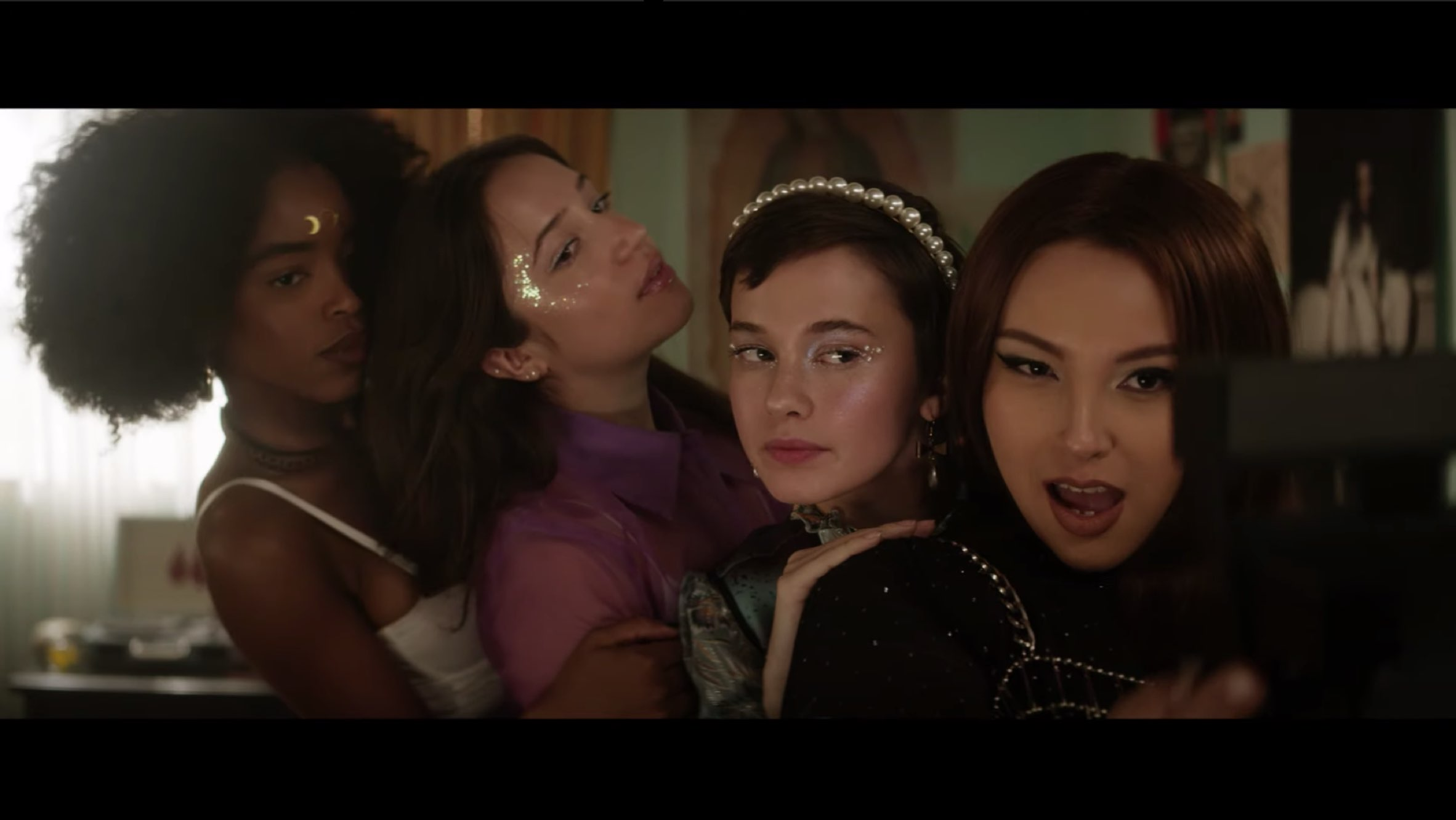 'The Craft' Sequel Trailer Reveals New Coven of Witches