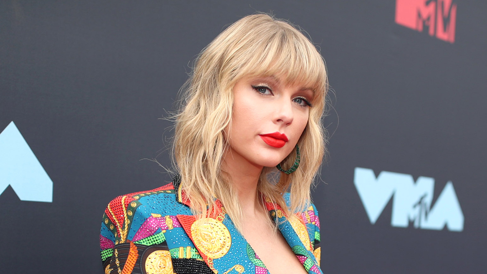 Taylor Swift Helps Keep a Nashville Indie Record Store Afloat During Closure