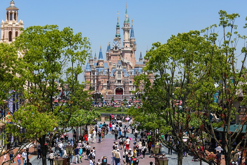Shanghai Disneyland Closes in Response to China Virus Outbreak