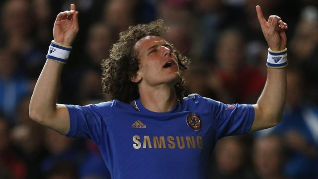 Europa League - Luiz stunner helps Chelsea into another European final