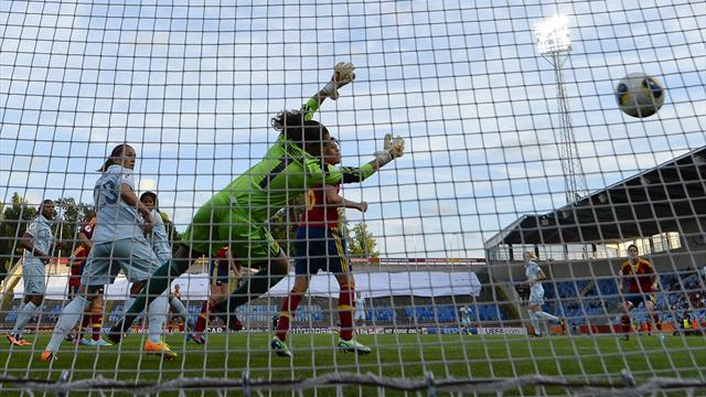 Women's Euro - Renard sends France through, hits England hopes