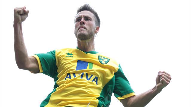 Premier League - Van Wolfswinkel header denies Everton win at Norwich