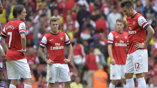 Premier League - Wenger booed as Koscielny sees red in 10-man Arsenal defeat to Villa