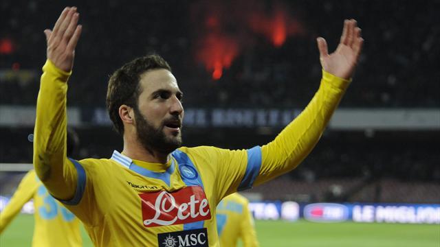 Serie A - Higuain flicks Napoli into Coppa semi-finals