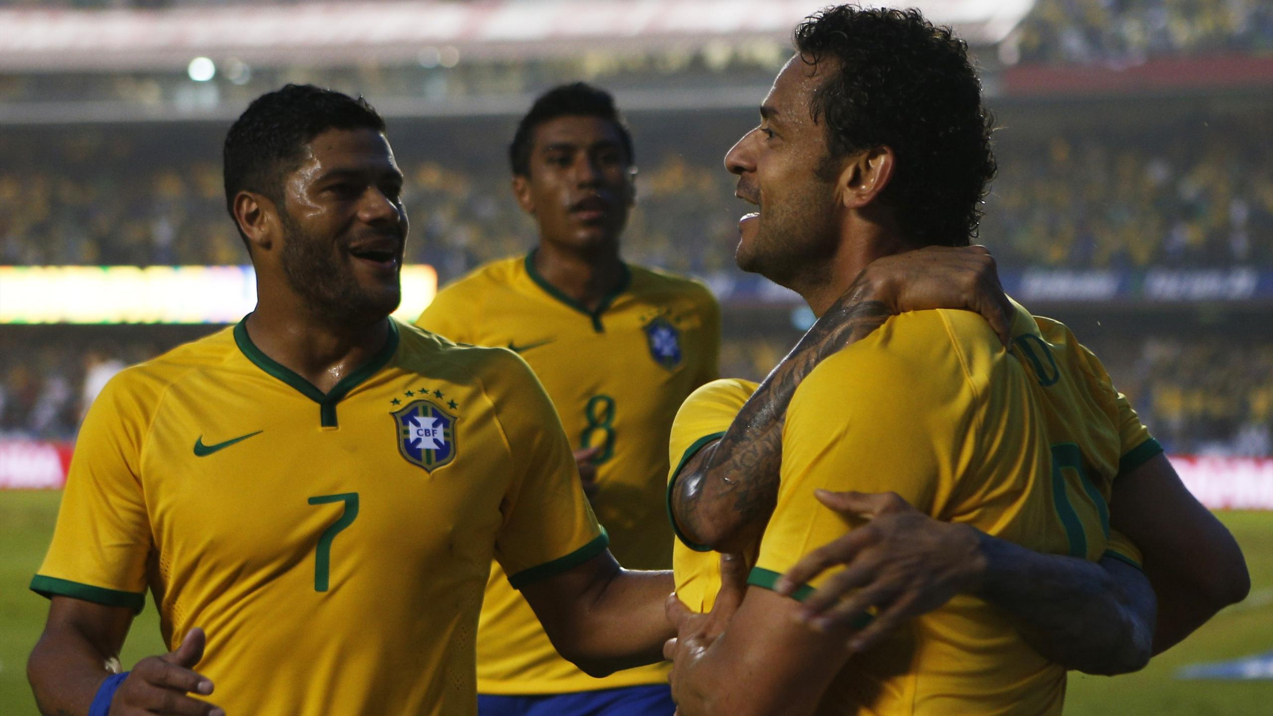 International friendlies - Fans jeer as Brazil stutter to victory in final outing before World Cup