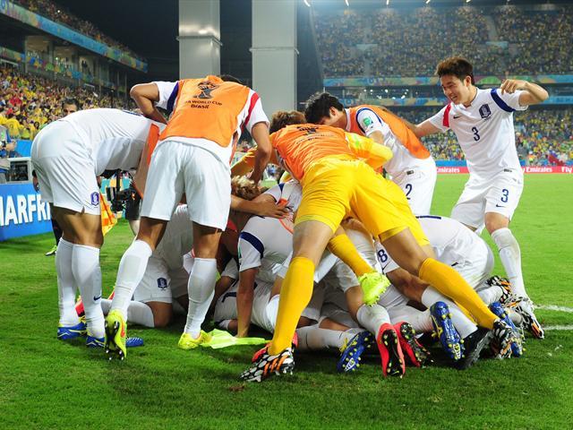 Nga 1-1 Hàn Quốc