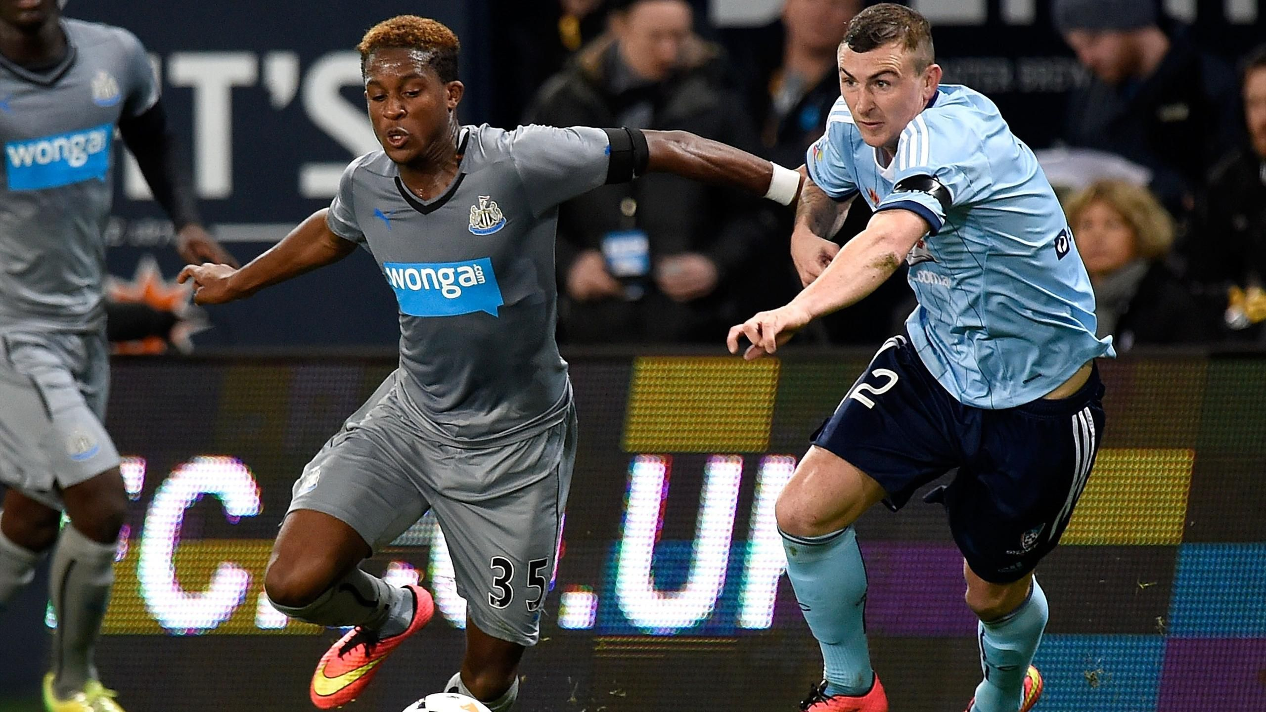 Friendly match - New signings impress as Newcastle cruise past Sydney