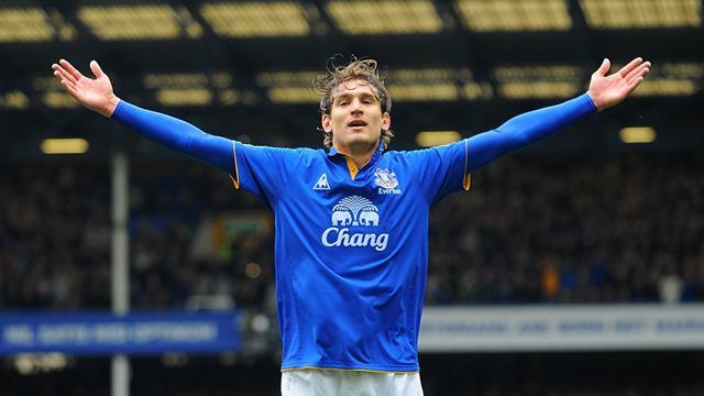 Everton crush woeful Fulham