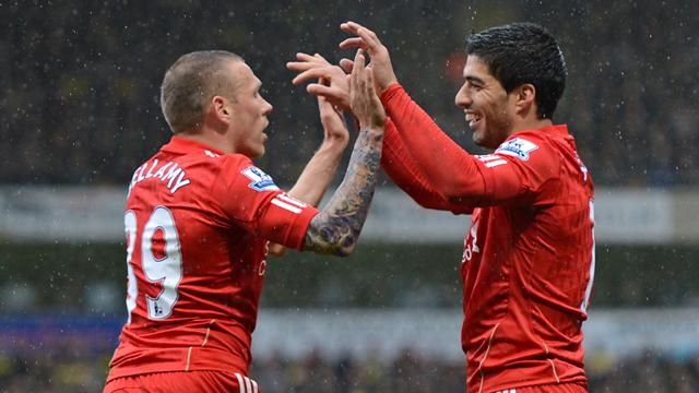 Suarez hat-trick downs Norwich