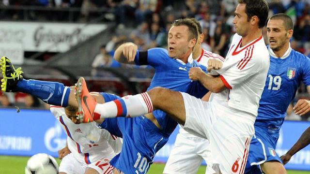 Russia knock three past Italy
