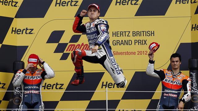 Lorenzo wins, Crutchlow stars in British GP