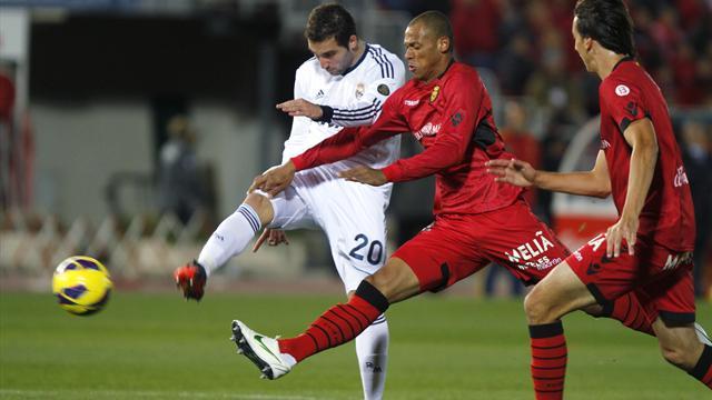 Liga - Real Madrid run riot with five goals at Mallorca