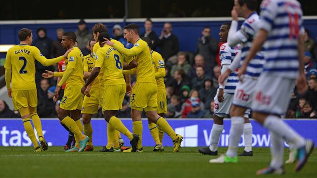Premier League - Reading hold QPR as pressure grows on Hughes