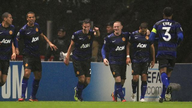 Champions League - Manchester United win group after victory at Braga