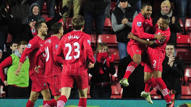 Premier League - Puncheon goal pulls Southampton out of drop zone