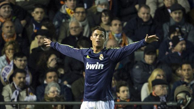 Spanish Liga - Rampant Real Madrid embarrass sorry Valencia