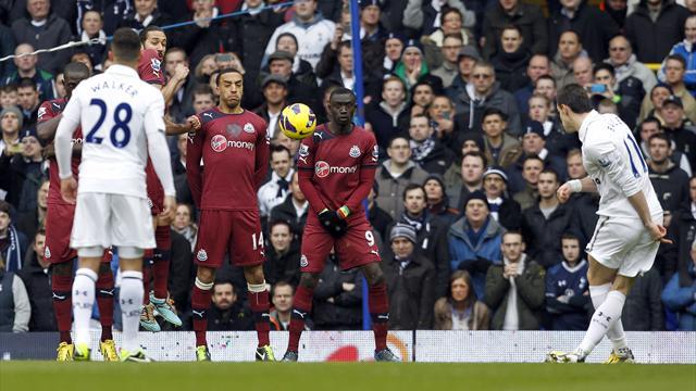 Premier League - Bale brace downs Newcastle