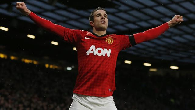 Premier League - United open up 12-point lead