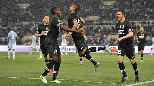 Serie A - Vidal double hands Juve win at Lazio