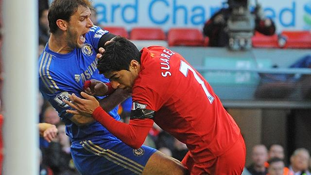 Premier League - Suarez bites opponent before scoring last-gasp equaliser