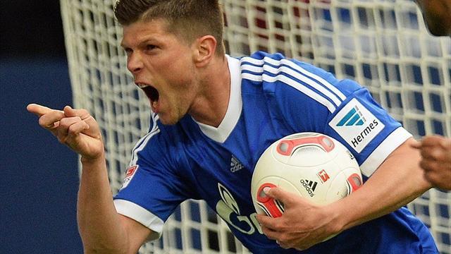 Bundesliga - Huntelaar hat-trick humbles Hamburg