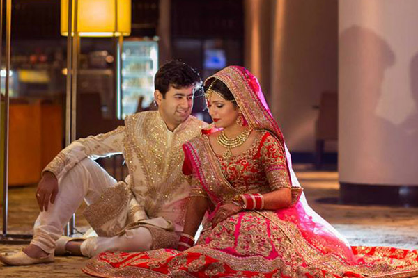 Gifts For Guys For Wedding Indian : Top Six Tricks to Get Your Best Photo Clicked - Yahoo Lifestyle India