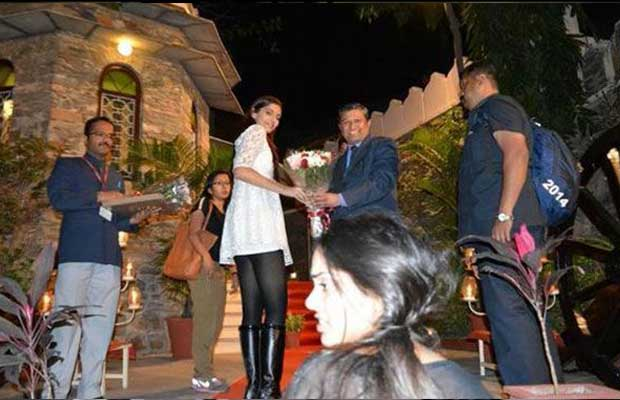 Sonam Kapoor Joins Salman Khan For Prem Ratan Dhan Payo