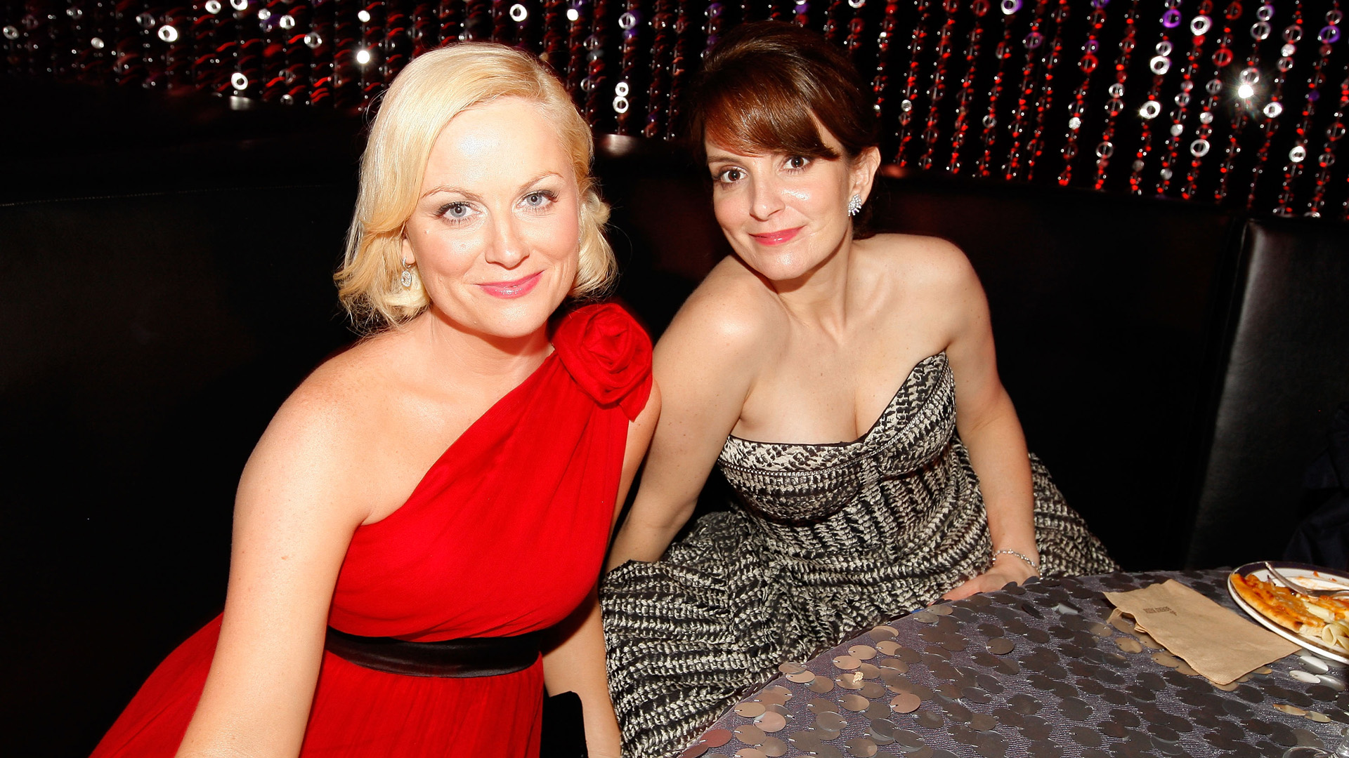 Tina Fey and Amy Poehler's Comedy to Face Off Against 'Star Wars' in 2015