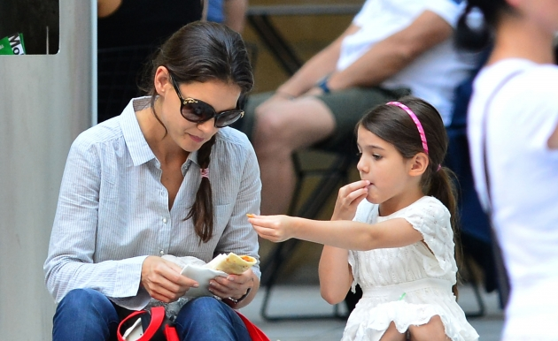 Katie Holmes and Suri Cruise share lunch as they visit Museum of Modern Art, New York City, on August 6, 2012 -- Getty Premium